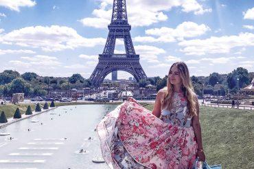 The PINK MACARON One Night in Paris