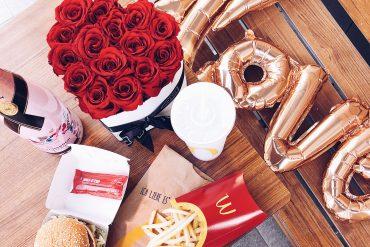 The PINK MACARON Valentine's Madness