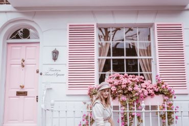 THE PINK MACARON Sneakers Dress Up Guide